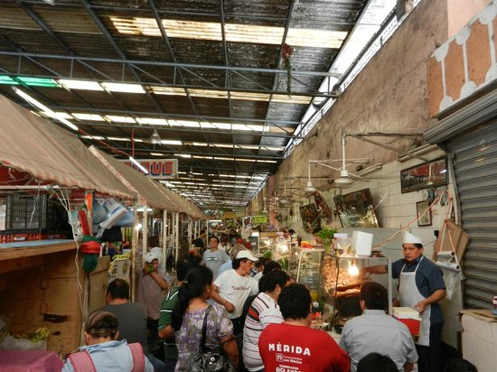 mercado lucas de Galvez_interior- la chicharra