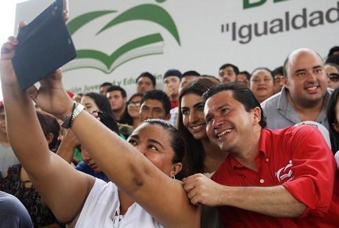 Mauricio Sahuí rivero.jpg
